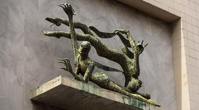 Exculturas exteriores. Juan José Sicre